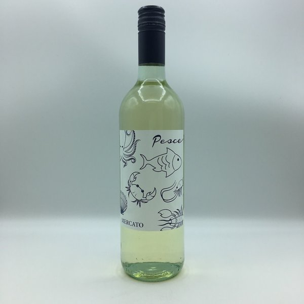 Mercato Pesce White Wine 750ML Garganega, Tebbiano, Pinot Grigio.