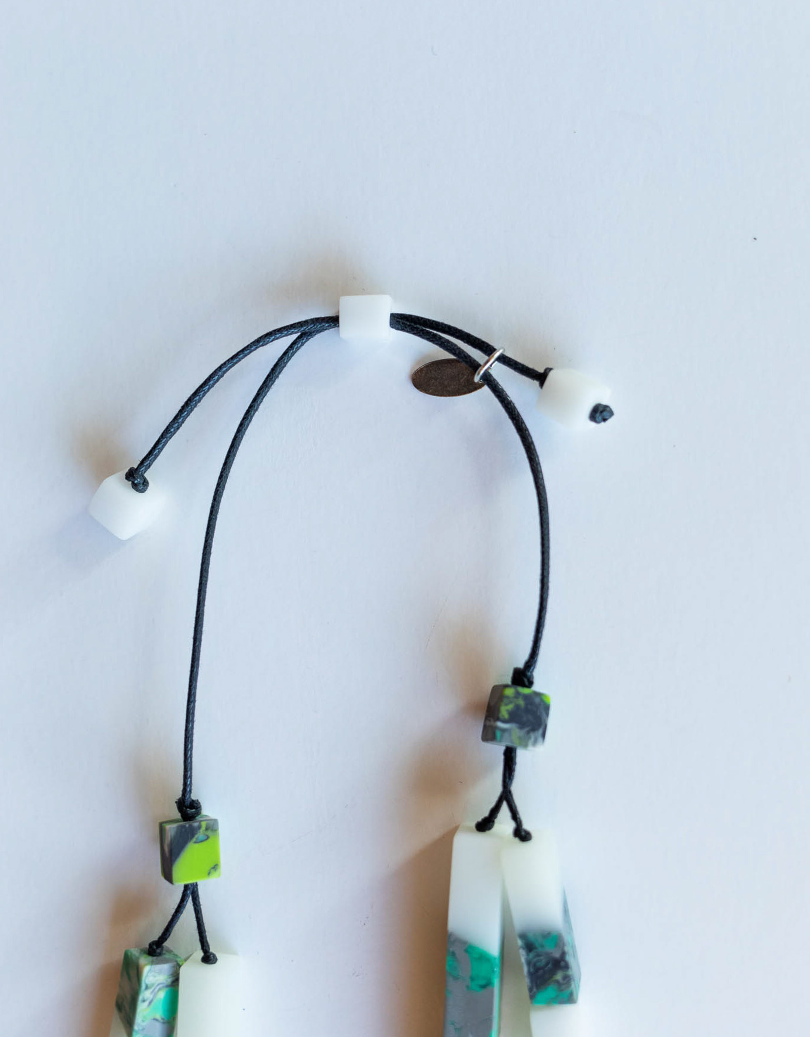 SYLCA Clear & Green Marble Bead Neck