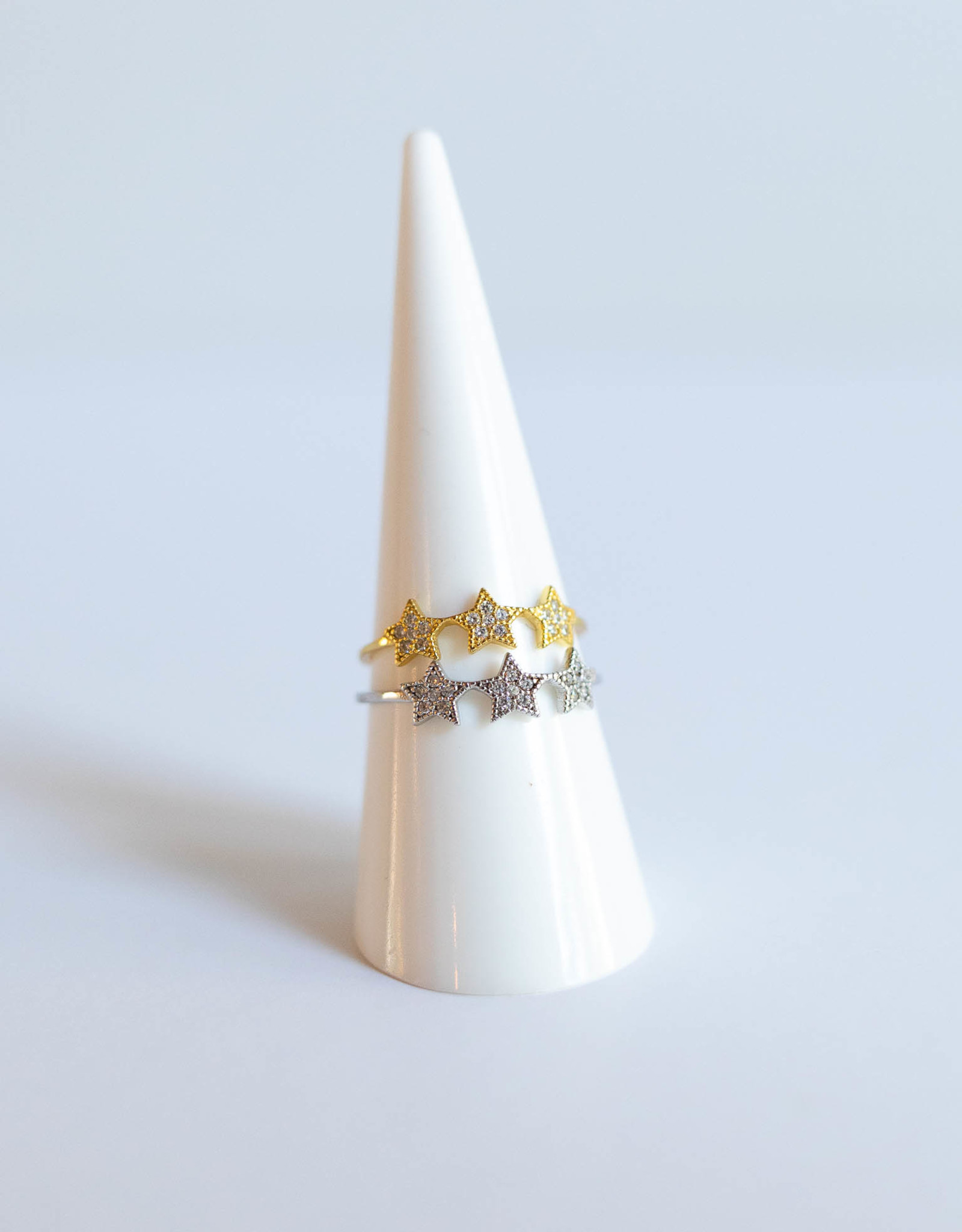 P and K Jewelry Gold Tri Star Ring