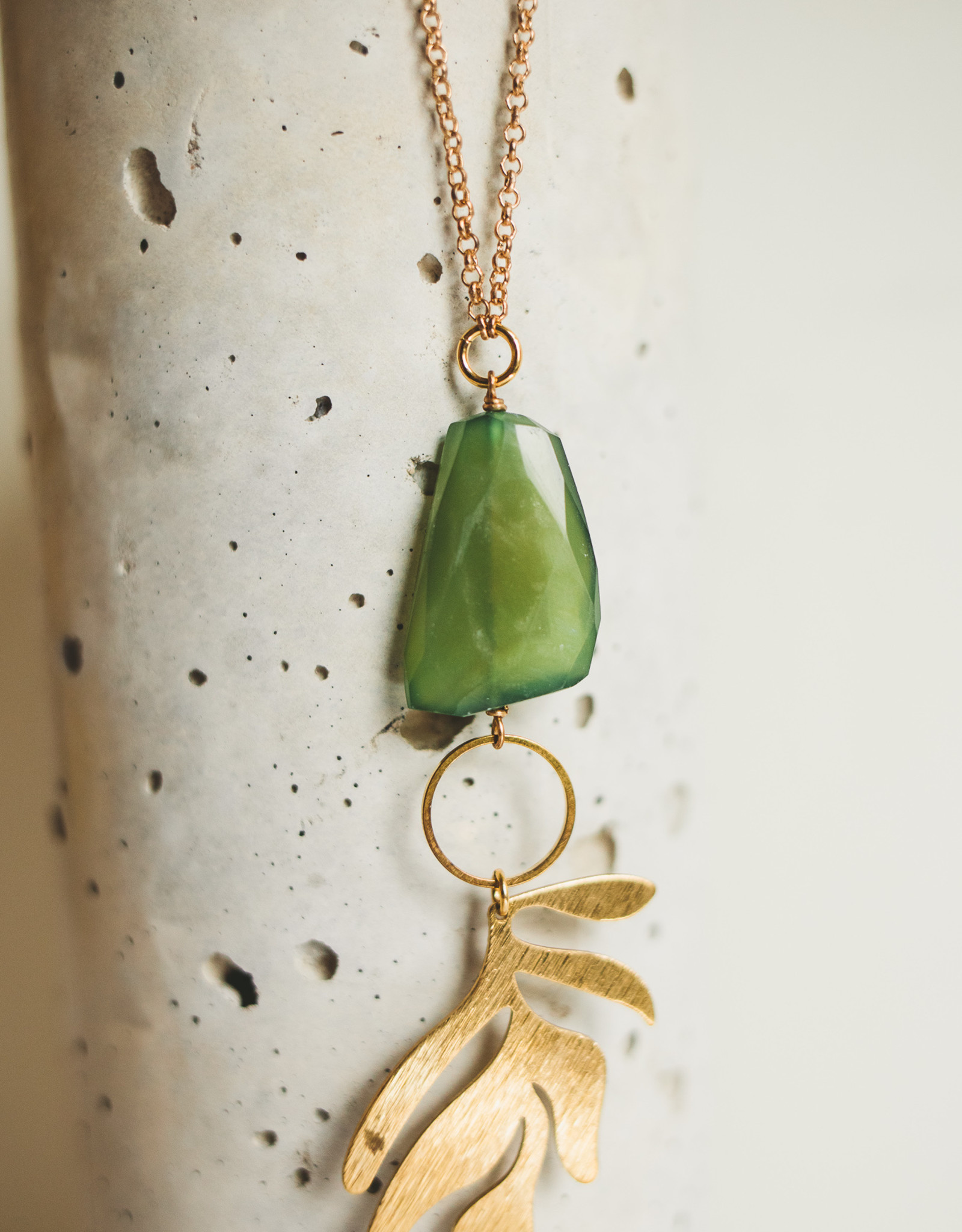 Green Gaspeiete & Brass Leaf Neck