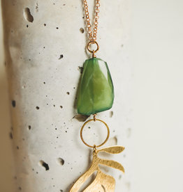 Green Gaspeiete & Brass Leaf Neck D19-153N