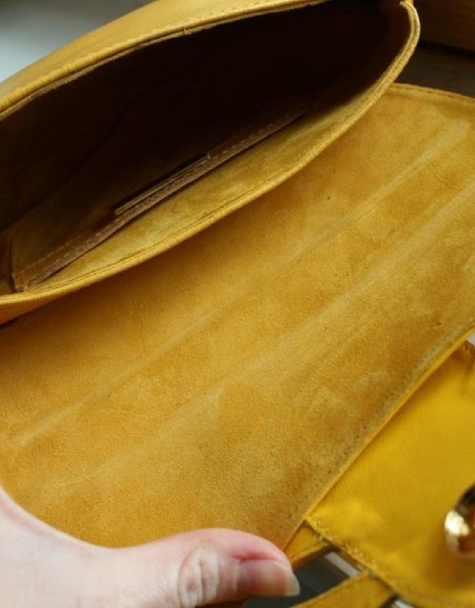 Areca Yellow Clutch