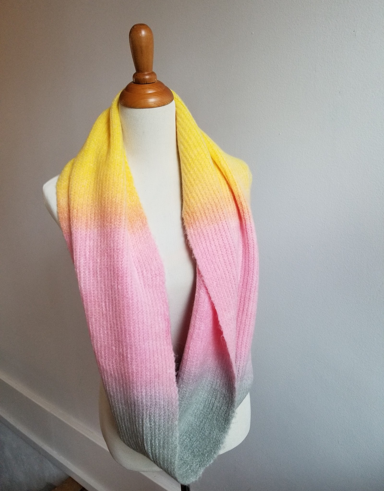 Tie-Dye Loop