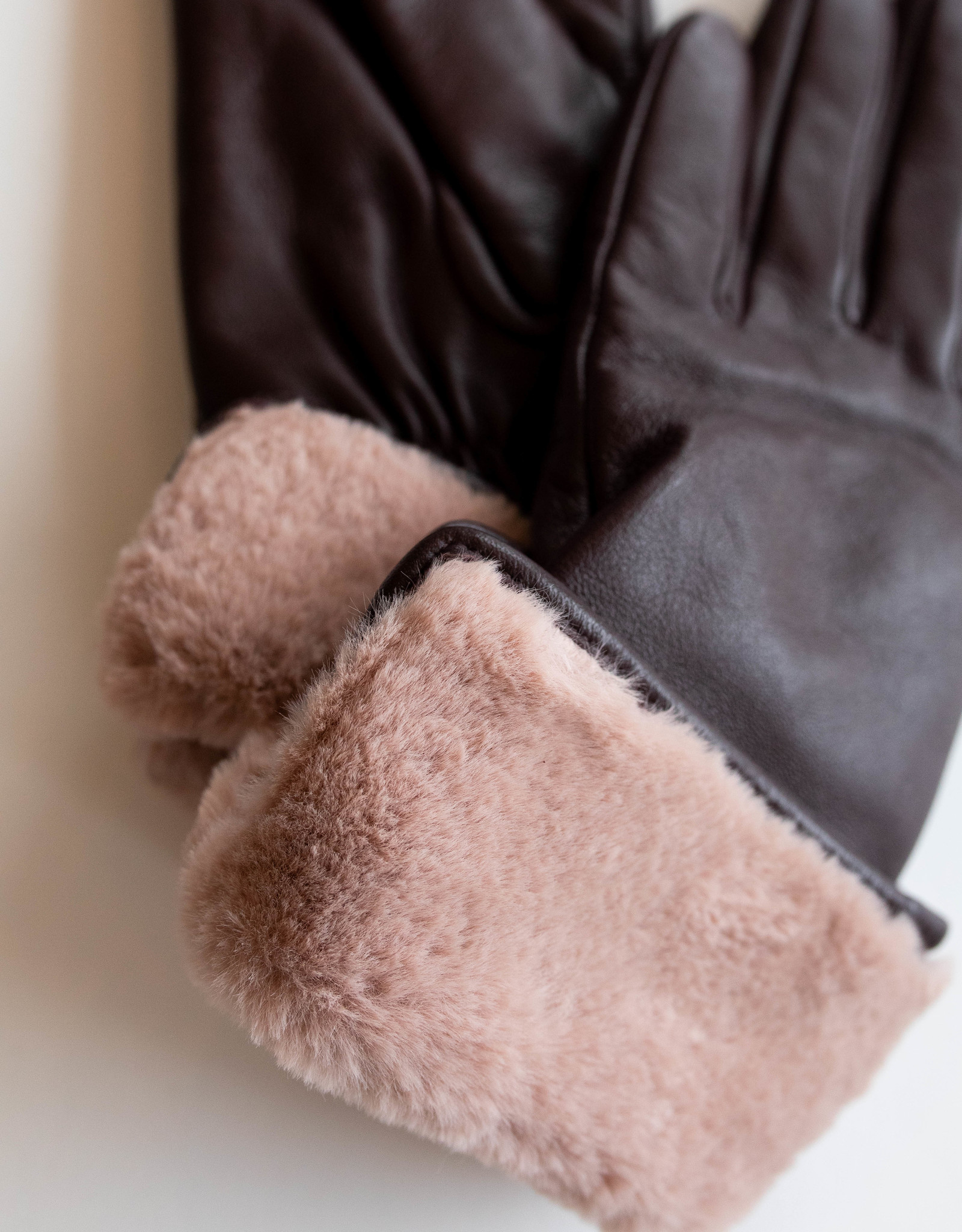 Mauve Faux Fur Cuff