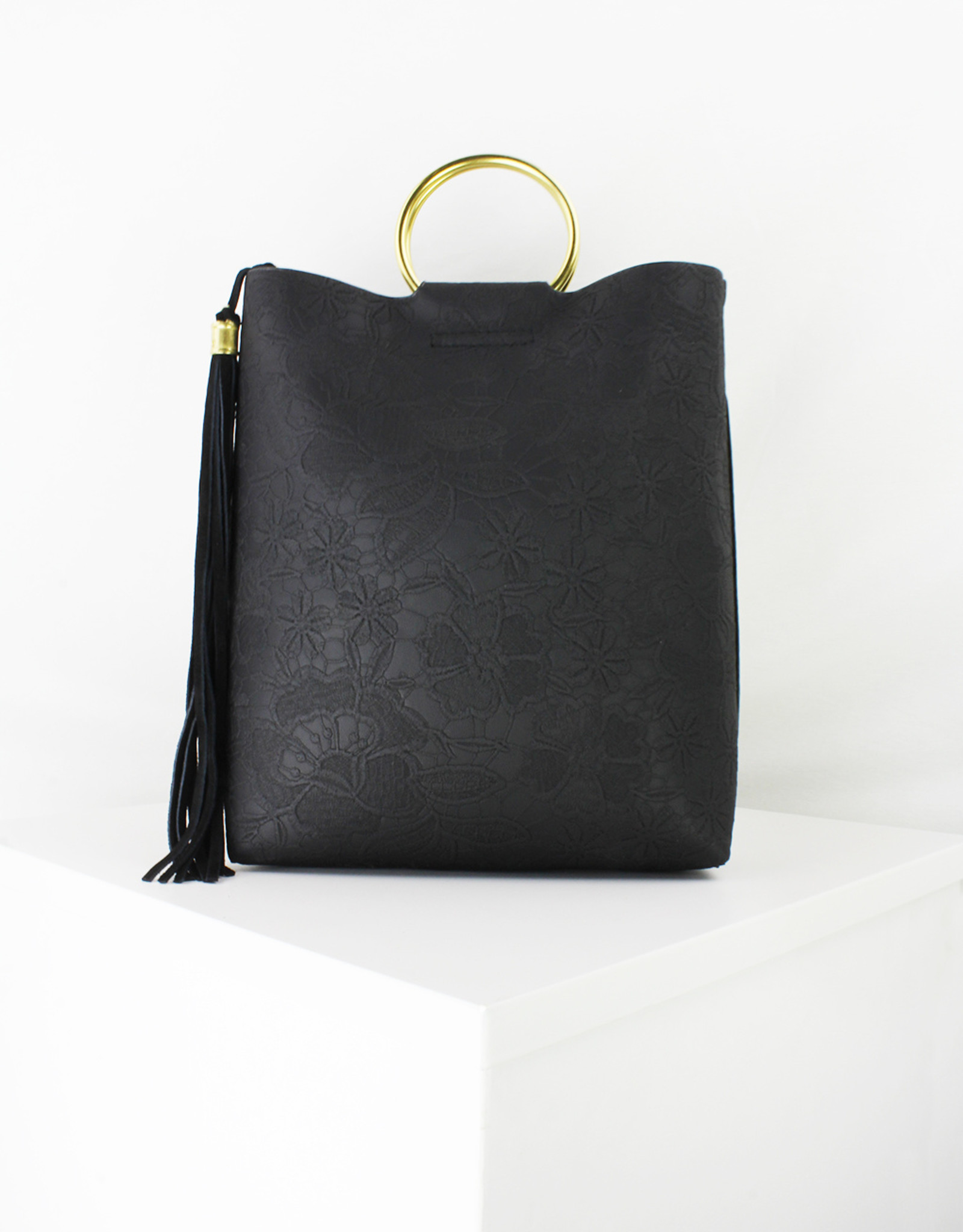 Structured Med Tote w/ Ring Handle