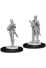 WizKids Dungeons & Dragons Nolzur`s Marvelous Unpainted Miniatures: W7 Female Half-Elf Bard