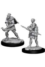 WizKids Dungeons & Dragons Nolzur`s Marvelous Unpainted Miniatures: W11 Female Human Ranger