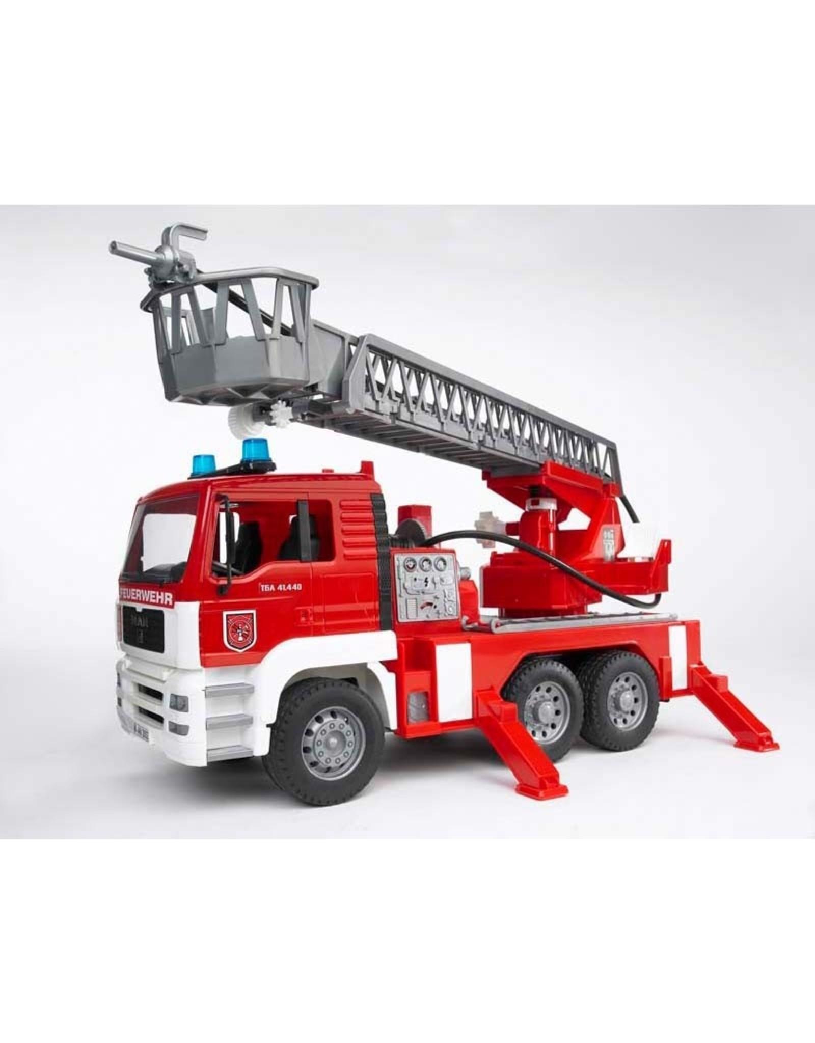 Bruder FIRE ENGINE W/PUMP