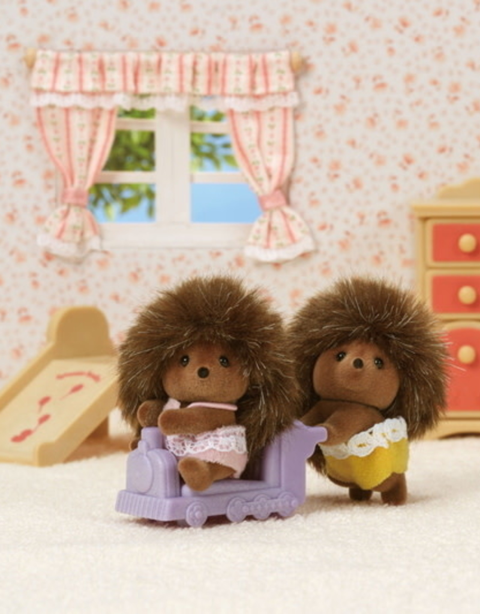 Calico Critters CC Pickleweeds Hedgehog Twins