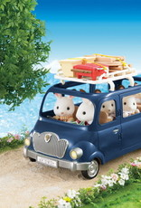 Calico Critters CC Family Seven Seater