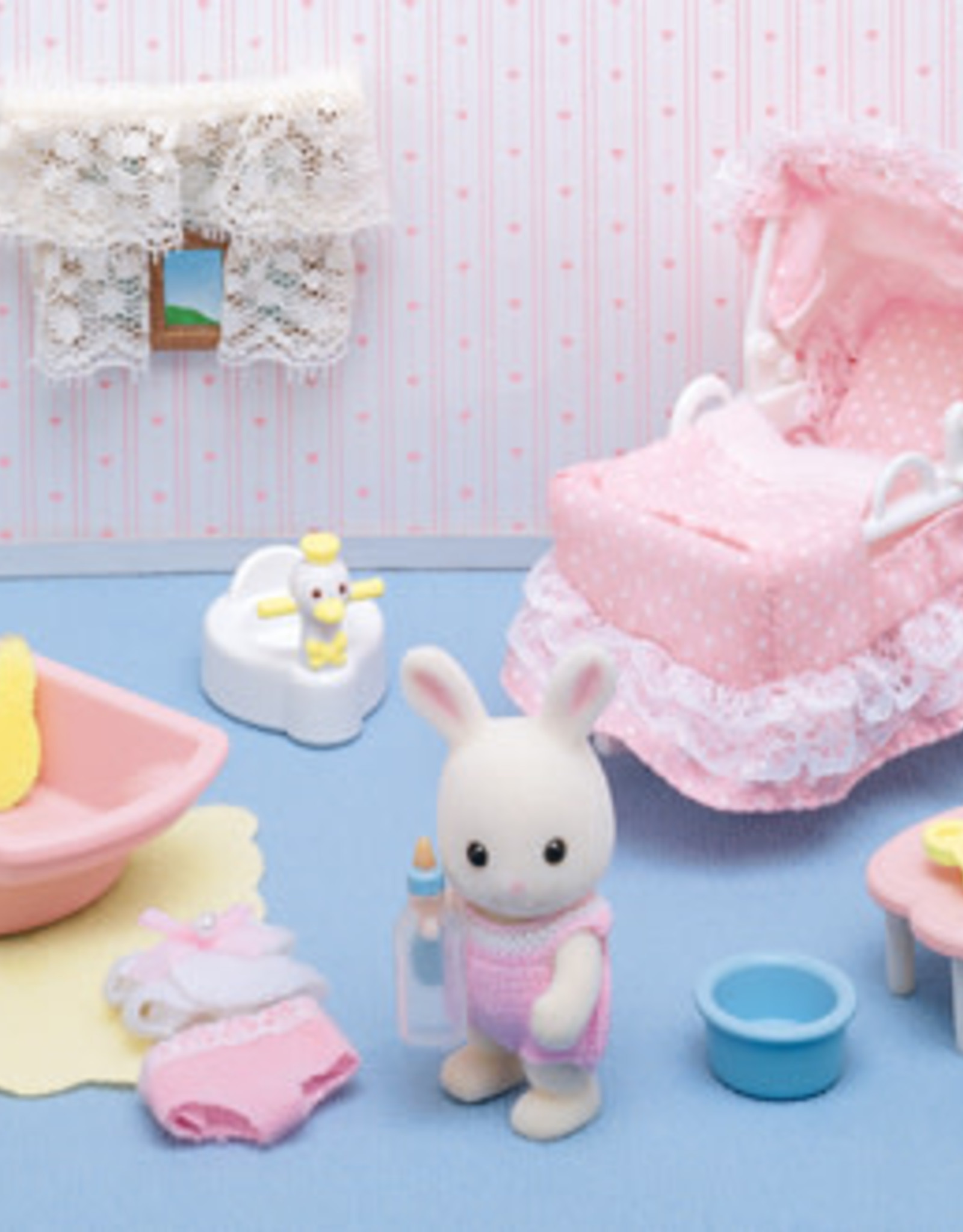 Calico Critters CC Sophie's Love N Care