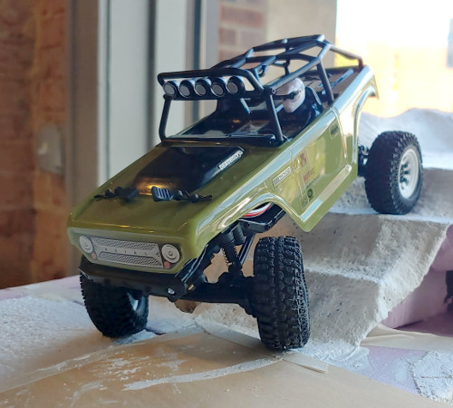 SCX24 Custom Crawler