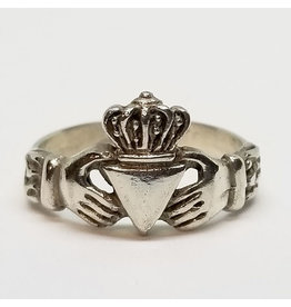 MB JEWELRY CLADDAGH RING