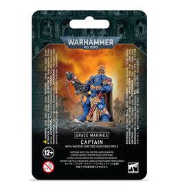 Games Workshop WARHAMMER 40K: SPACE MARINE CAPTAIN W/ BOLT RIFLE