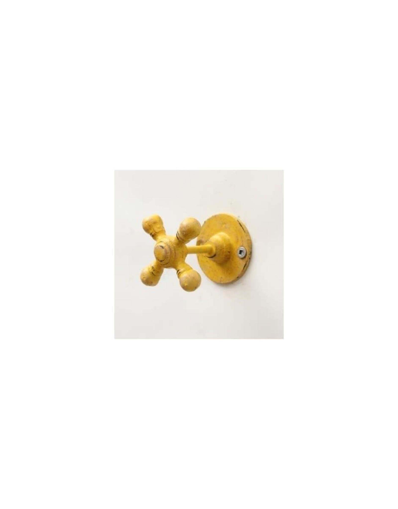 Crochet robinet jaune