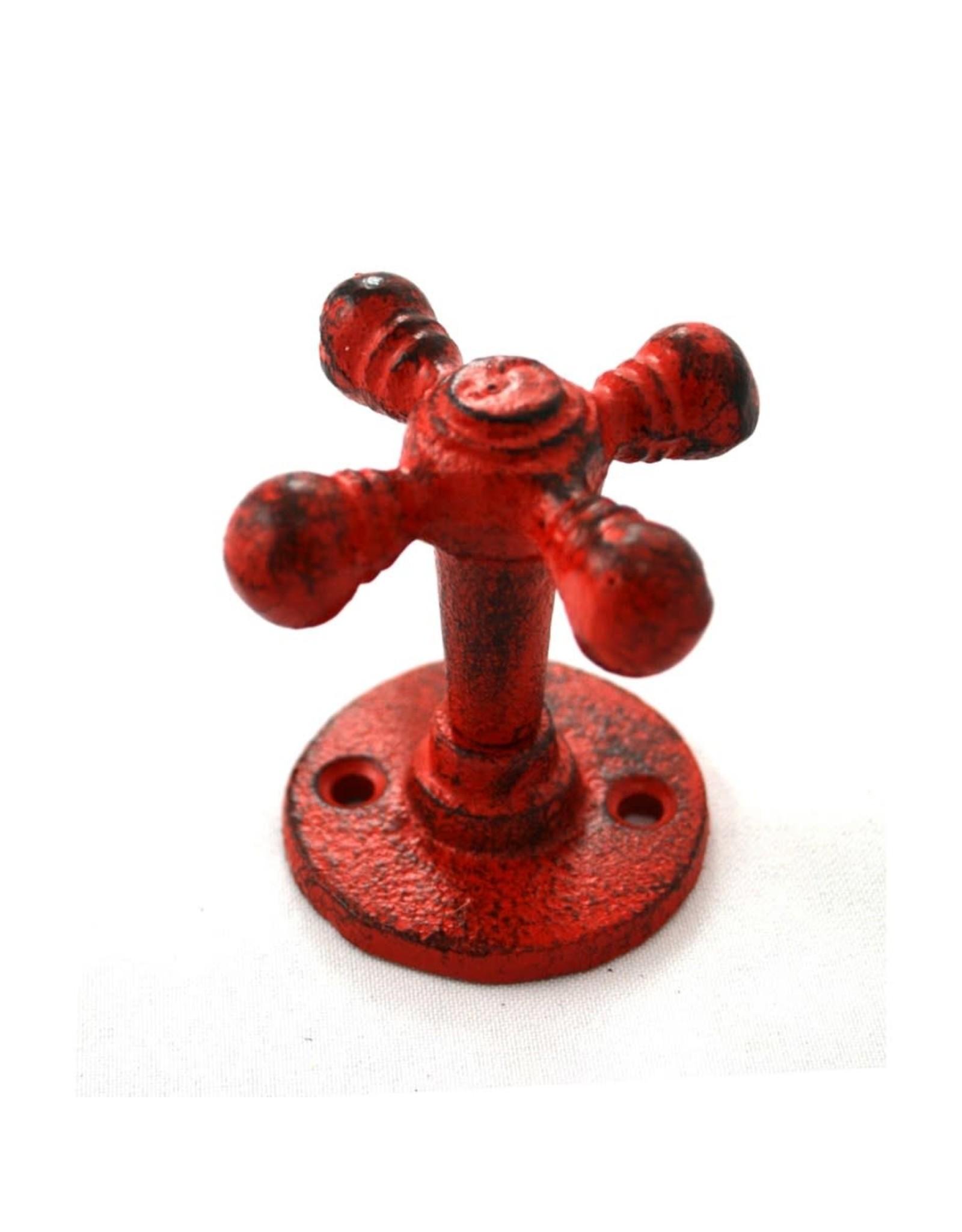 Crochet robinet rouge