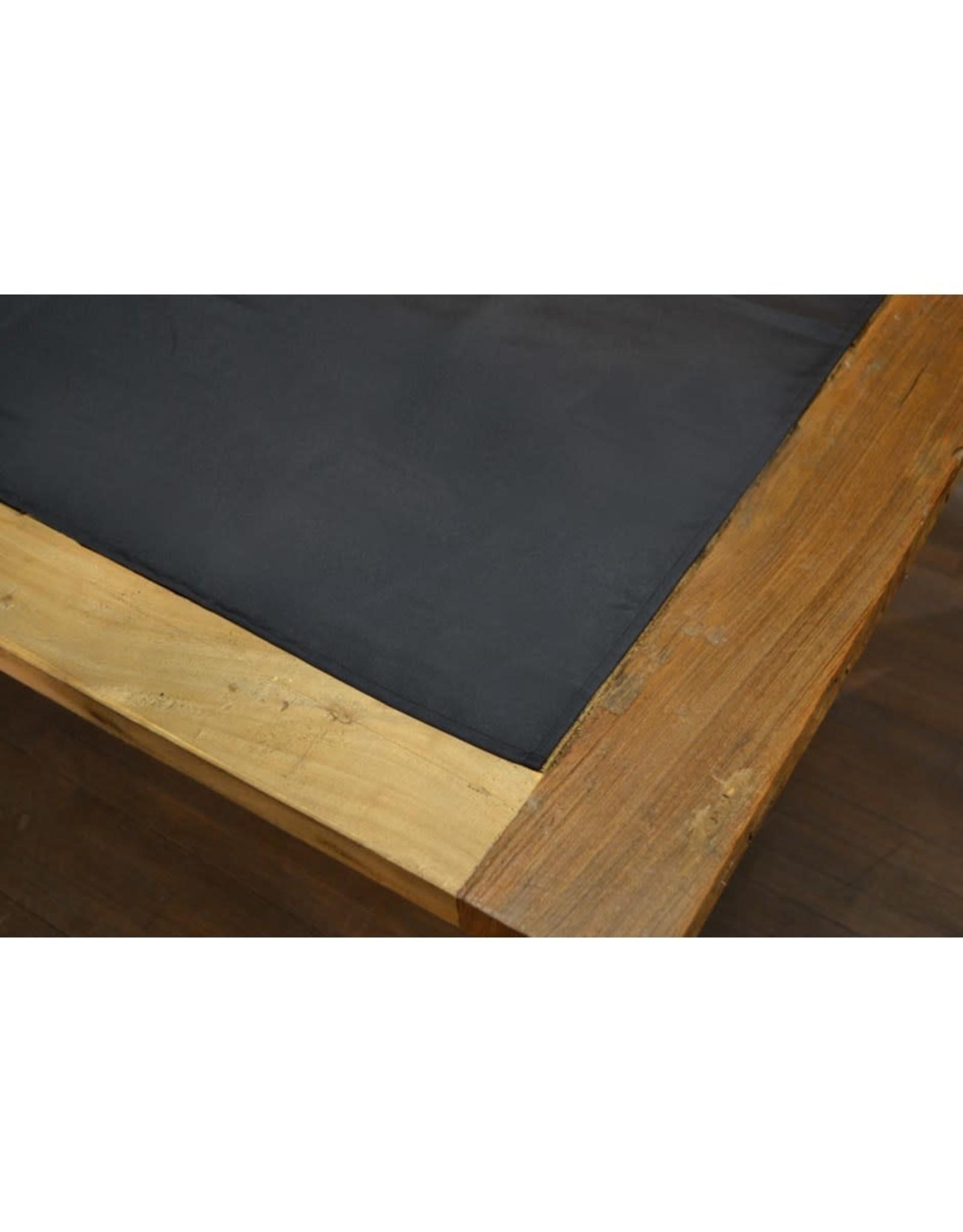 Nappe noire (60 x 108)