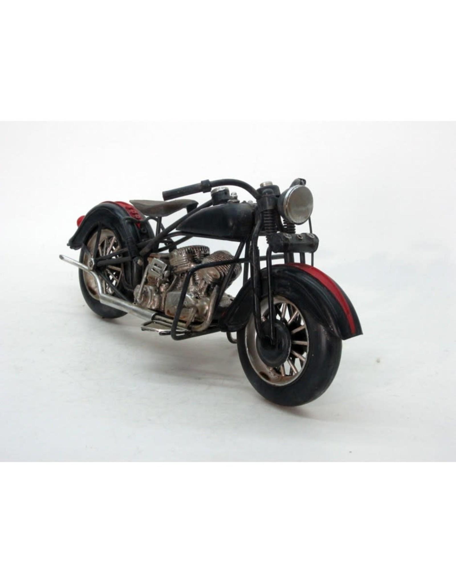 Moto « Low Rider » noire