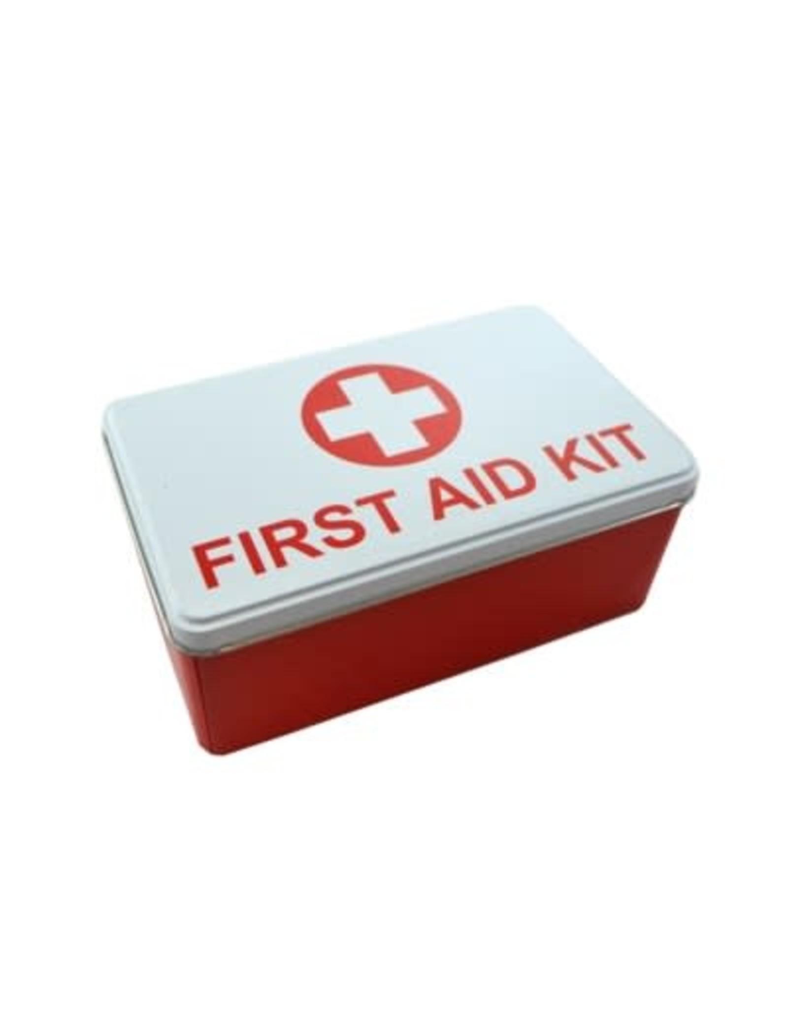Boite de métal First Aid