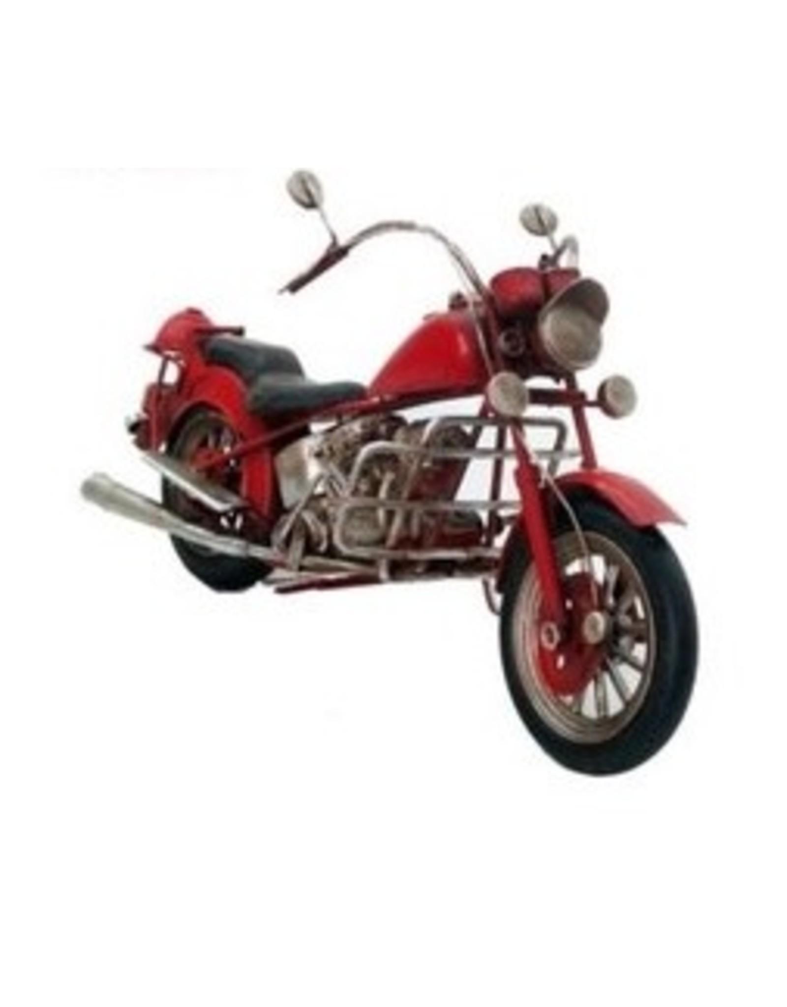 Moto de croisière rouge