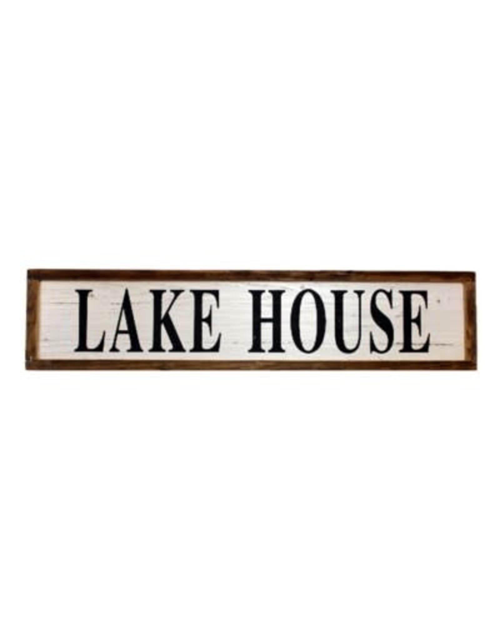 Cadre Lake house