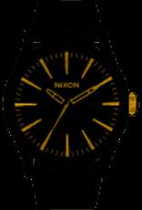 nixon sentry ss blk gold