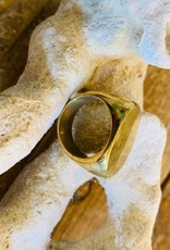SOKO OVAL SIGNET RING