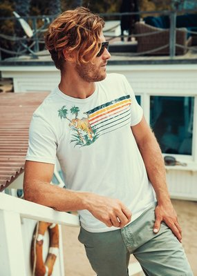 CHASER Mens Crew Tee (more colors)