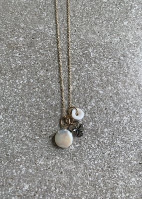 """RB 18"""" Pearls + Puka Necklace"""