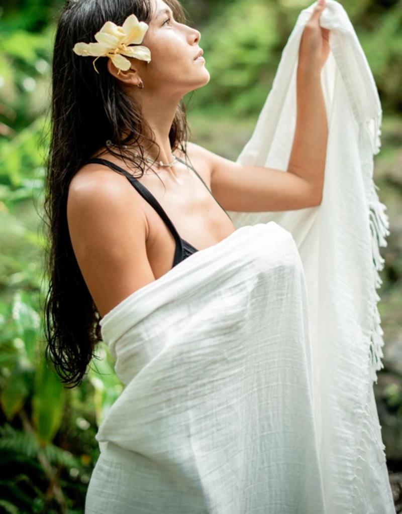 BY THE SEA LUXURY SPA TOWEL