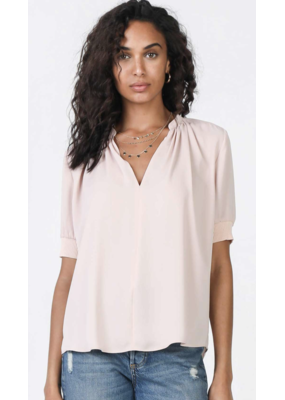 Current Air Current Air SSLV V-Neck Woven Top Blush
