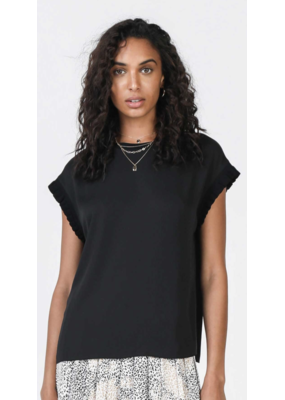 Current Air Current Air Ruffle Rib Hem SSLV Woven Top Black