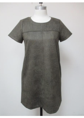 Mystree Short Sleeve Shift Dress