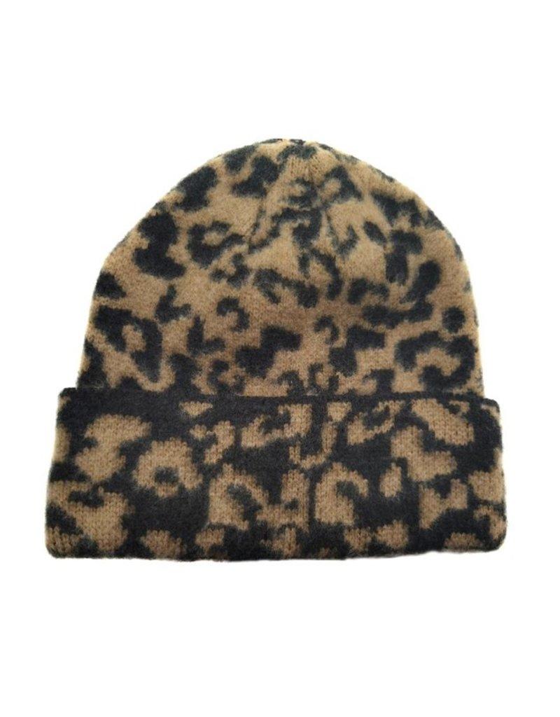 Suzie Q Suzie Q Leopard Knit Beanie