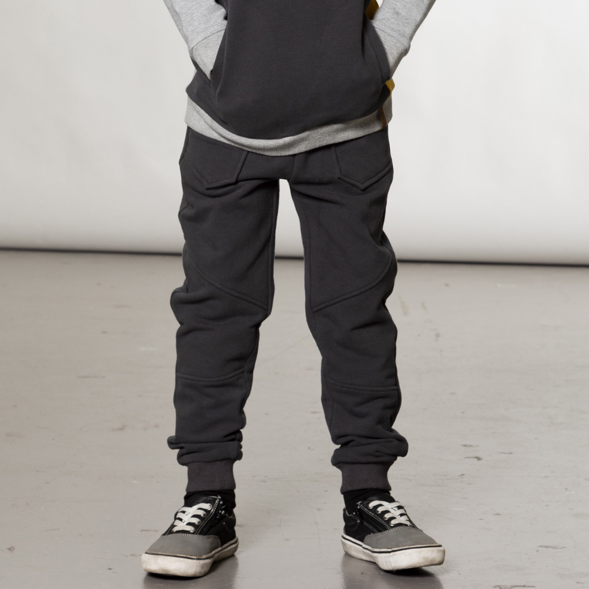 Pantalon Jogger Gris-10