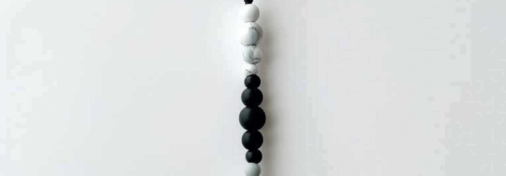 Attache-suce minimaliste - Noir et Marbre
