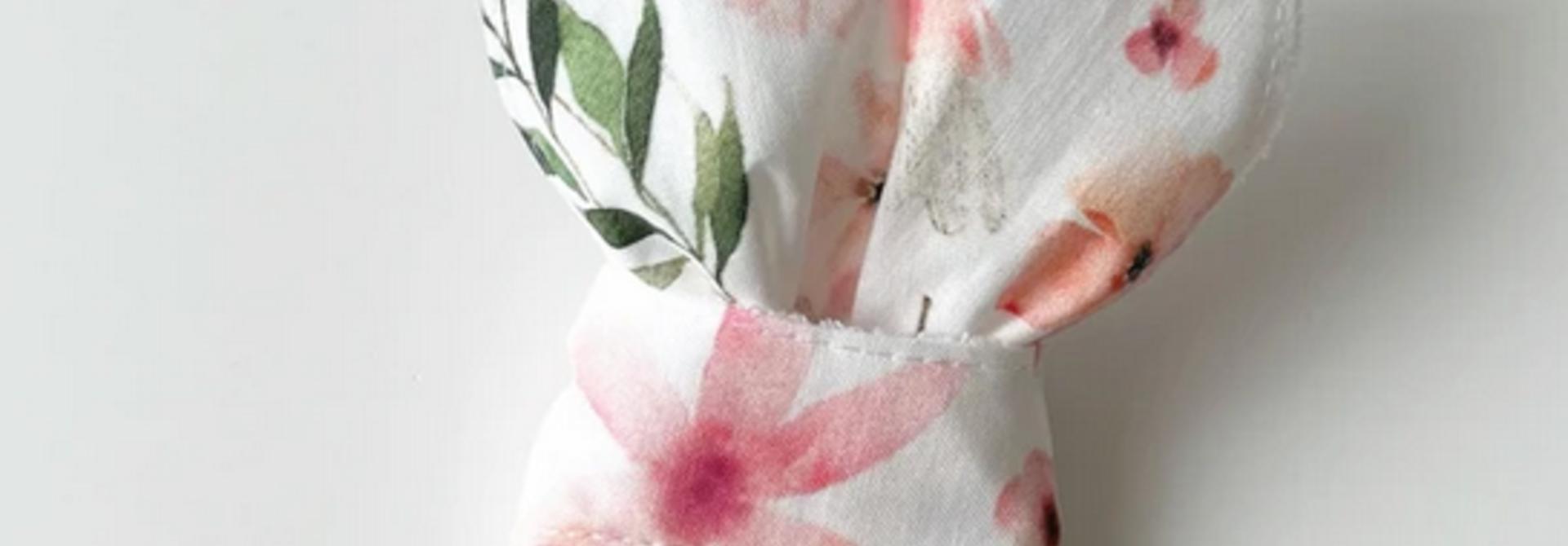 Hochet Oreilles de Lapins - Fleurs Douces