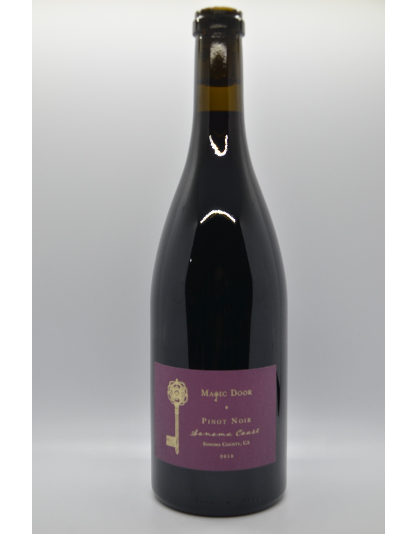 USA Magic Door Pinot Noir
