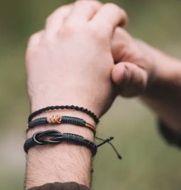 Faire/Amano Artisans BRACELETS-MENS-MACRAME KNOT LEATHER