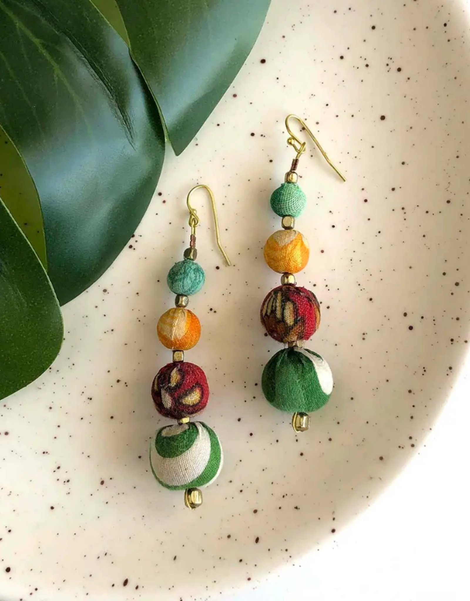 Faire/WorldFinds EARRINGS-WORLDFINDS GRANDUATED KANTHA