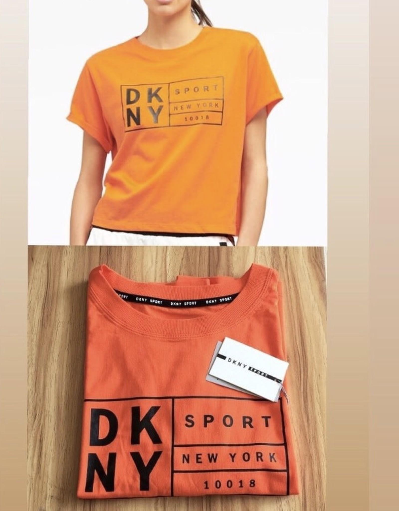DKNY DKNY Tee Boxy w/ Oversized Label