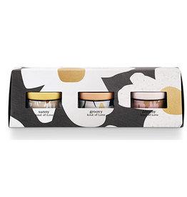 Illume Love Triangle Tin Candle Gift Set