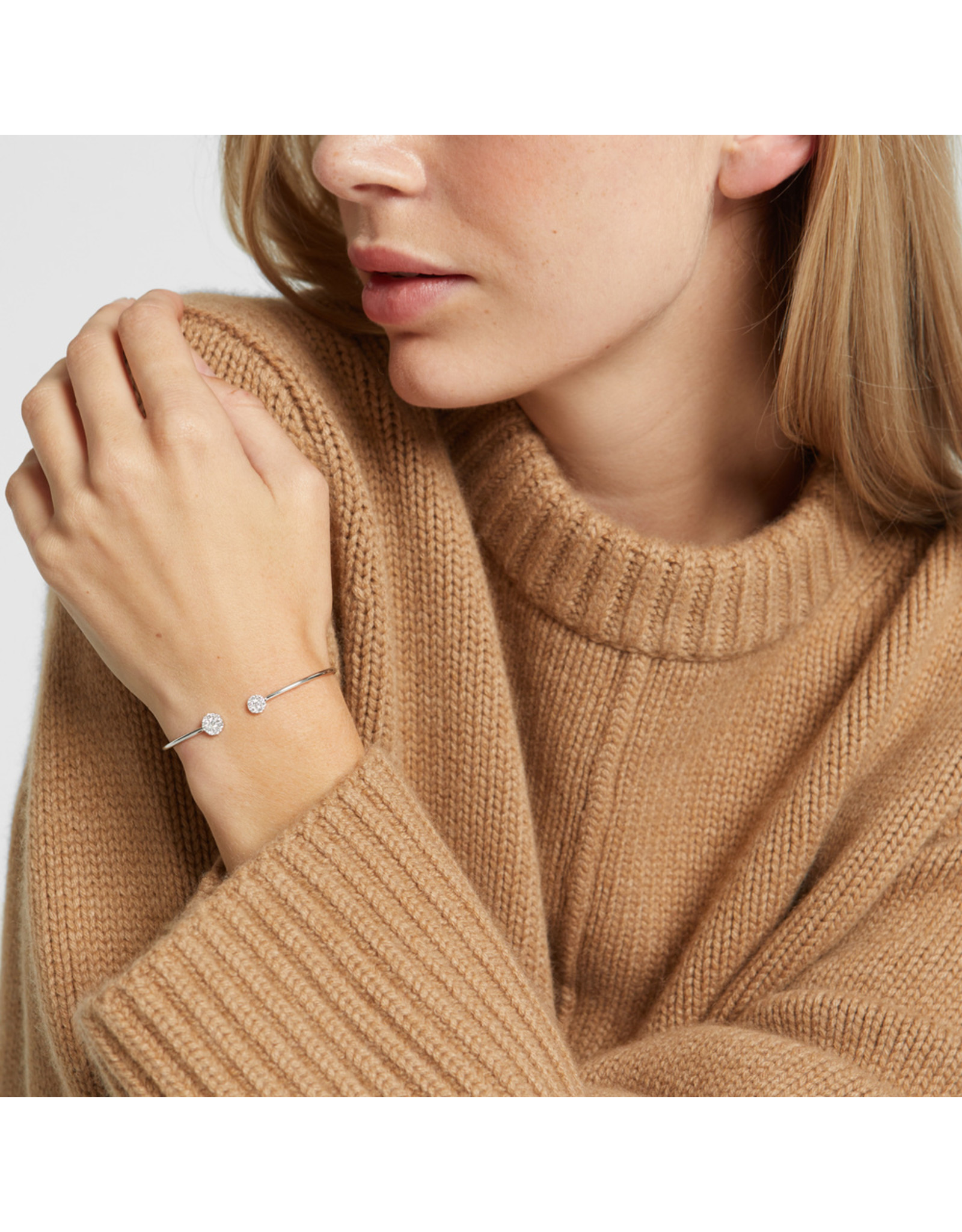 Sara Weinstock Sara Weinstock Reverie Round Cluster Bangle Cuff - White Gold