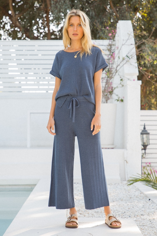Hem & Thread Cropped Sweater Pants