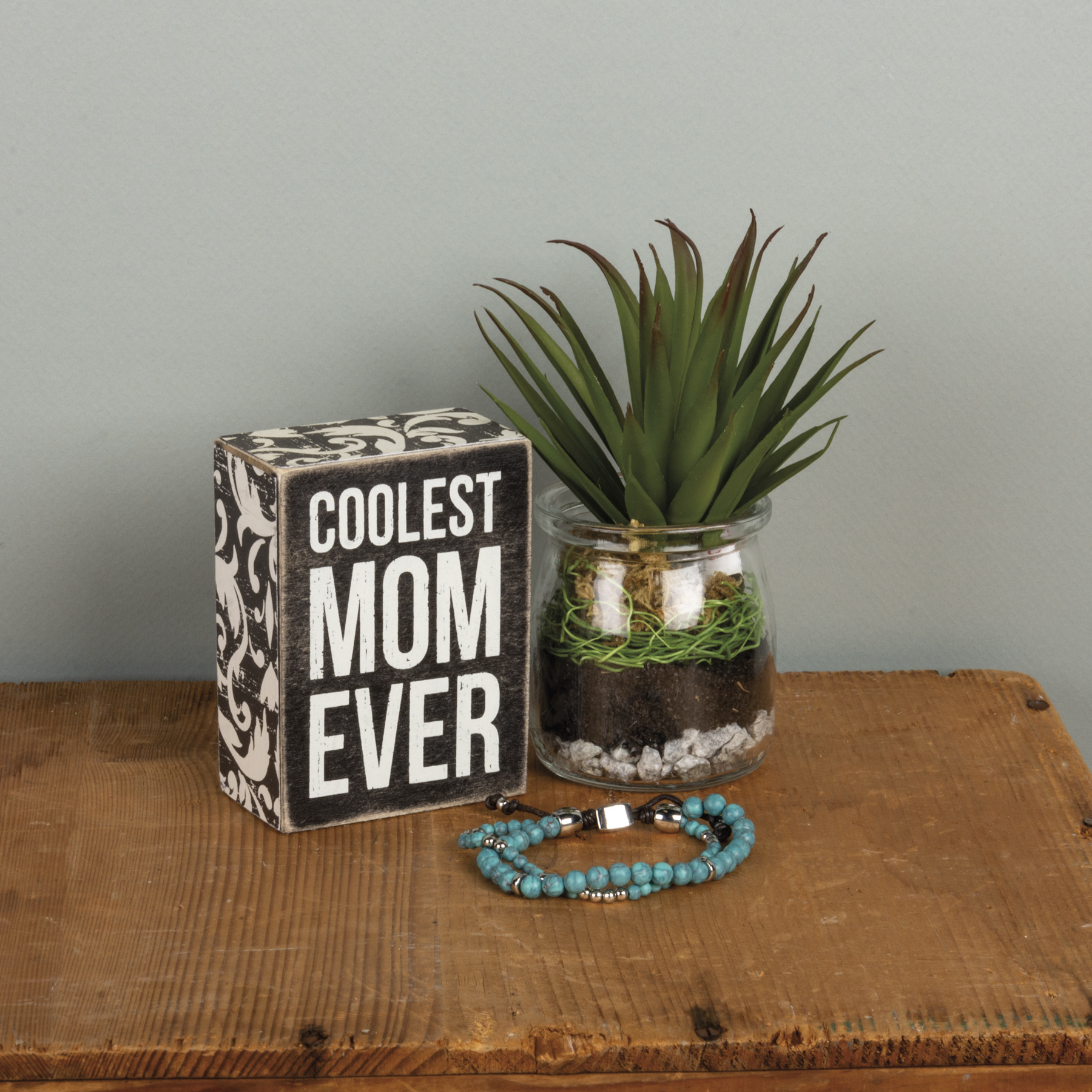 Primitives By Kathy COOLEST MOM BOX SIGN