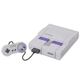 Super Nintendo Console (SNES)