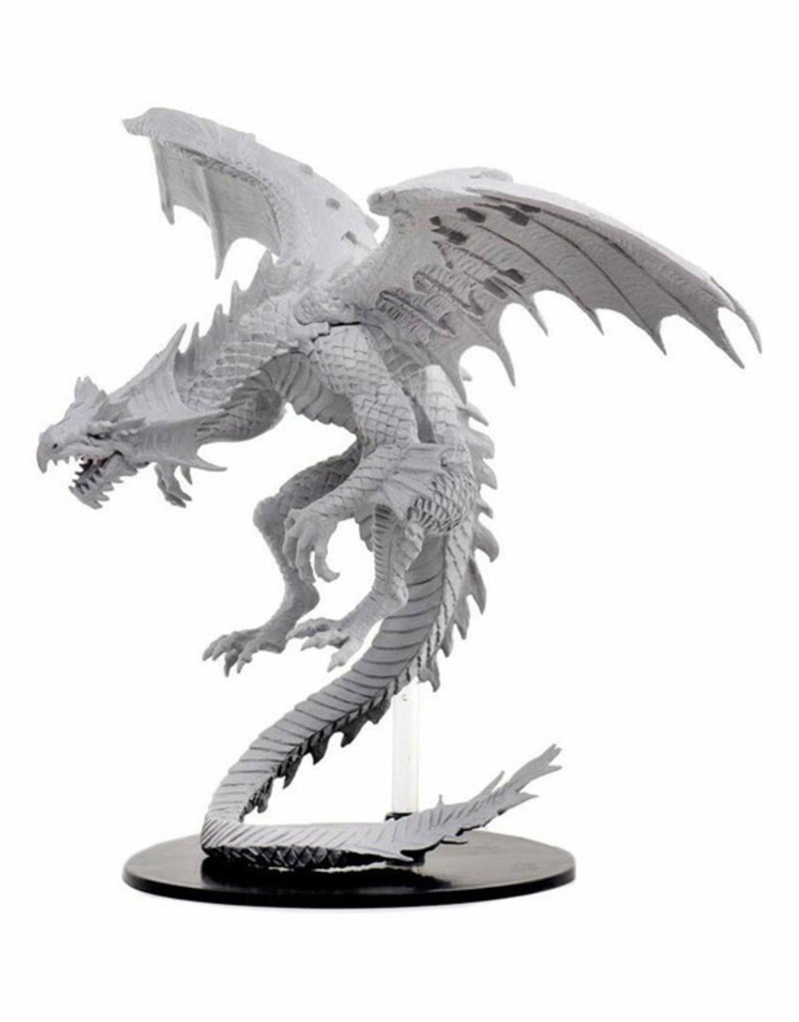 Pathfinder Pathfinder Battles: Deep Cuts - Gargantuan White Dragon