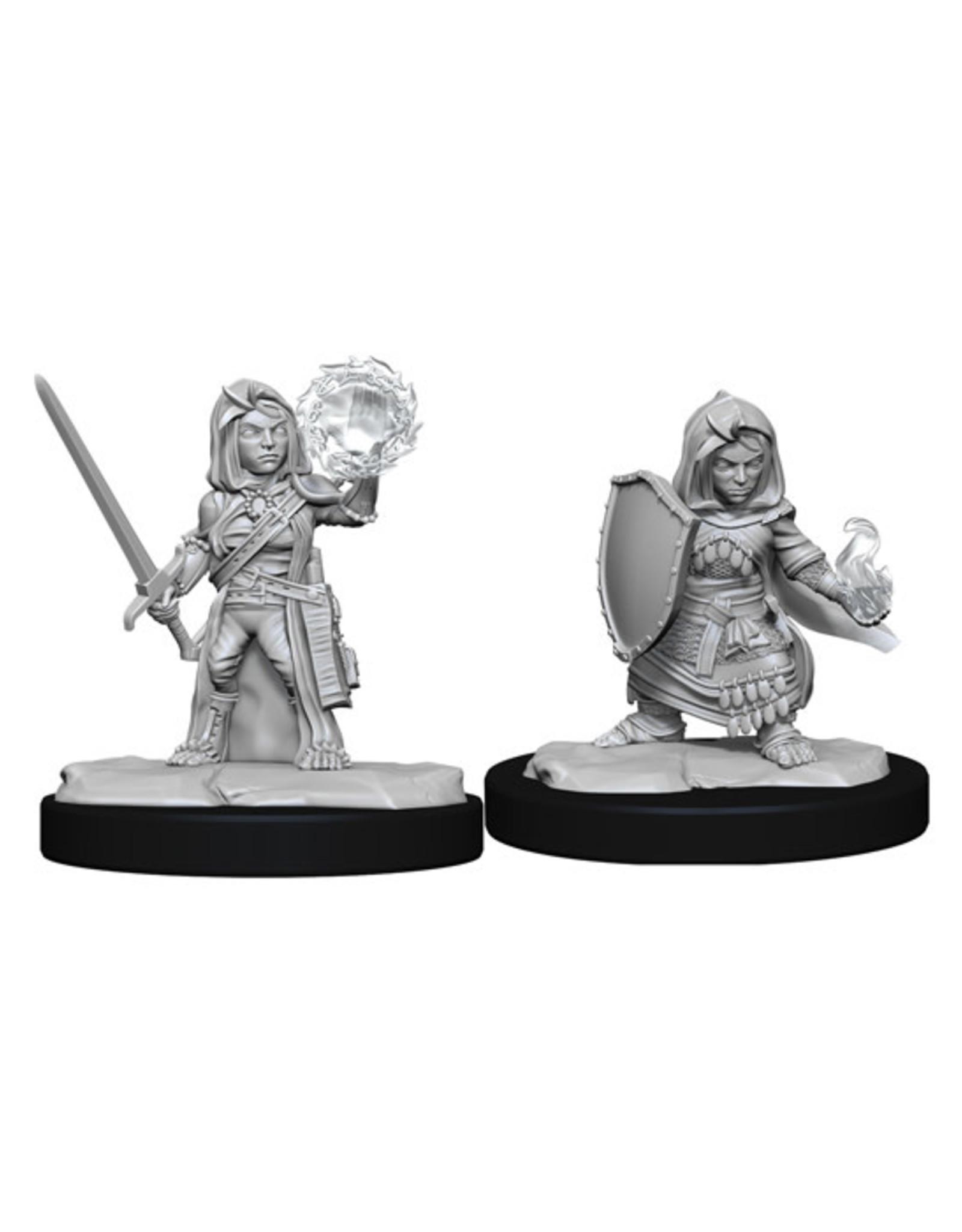 Pathfinder Pathfinder Battles: Deep Cuts - Halfling Female Cleric