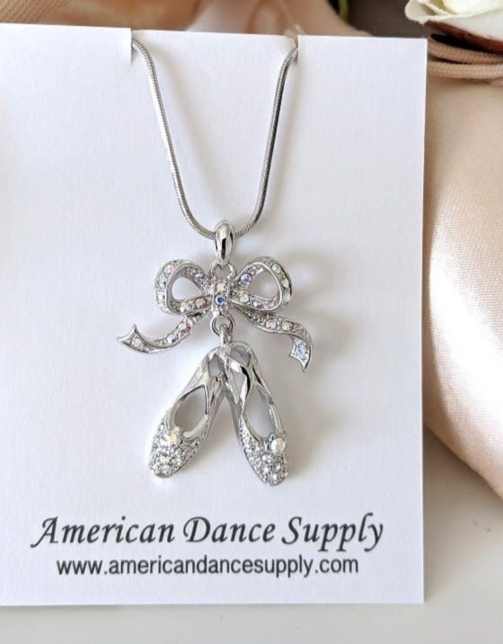 American Dance Supply COLLIER 2 CHAUSSONS
