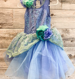 Costume Bleu Turquoise Avec Dentelle (IC 7-8)